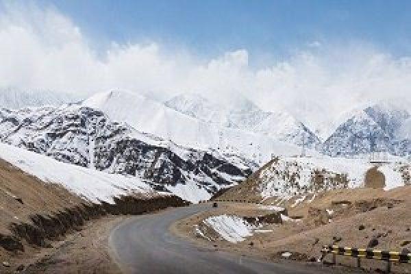 Kashmir Ladakh Bike tour