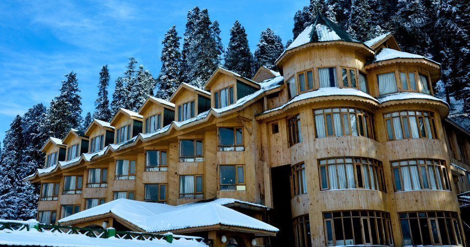 Kashmir Luxury Hotels