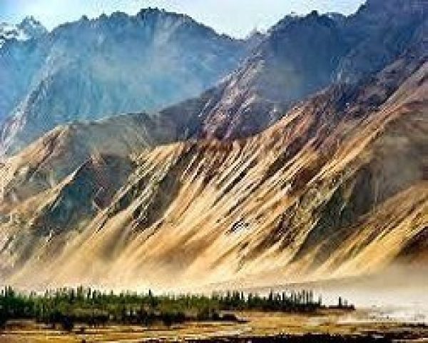 Visit Ladakh By Road Via Kashmir